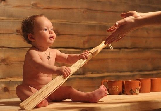 Дети и баня: полезно или опасно? Стоит ли водить ребенка в баню?