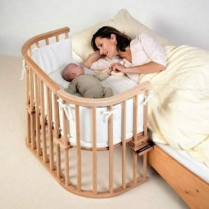 Совместный сон: как отучить ребенка спать с мамой?