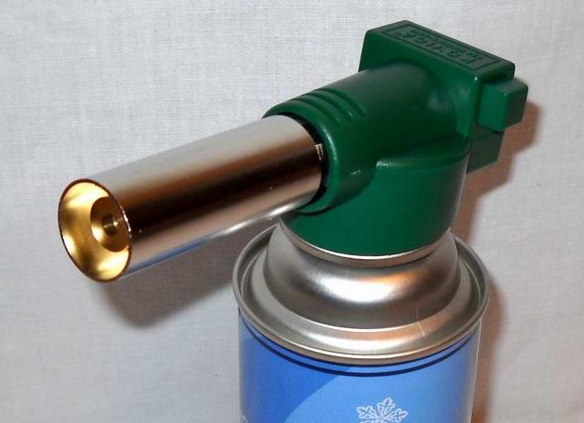 Газовая горелка с пьезо поджигом
