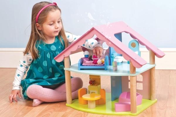 Выбираем детские игрушки правильно: основные критерии и ошибки