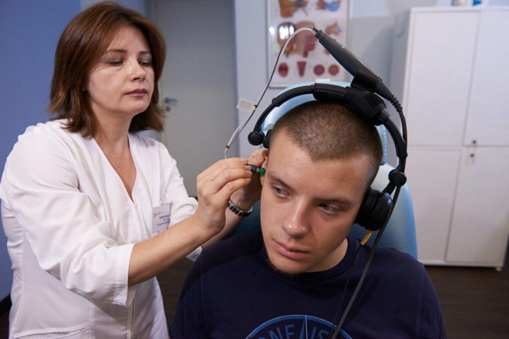 Методы лечения шума в ушах