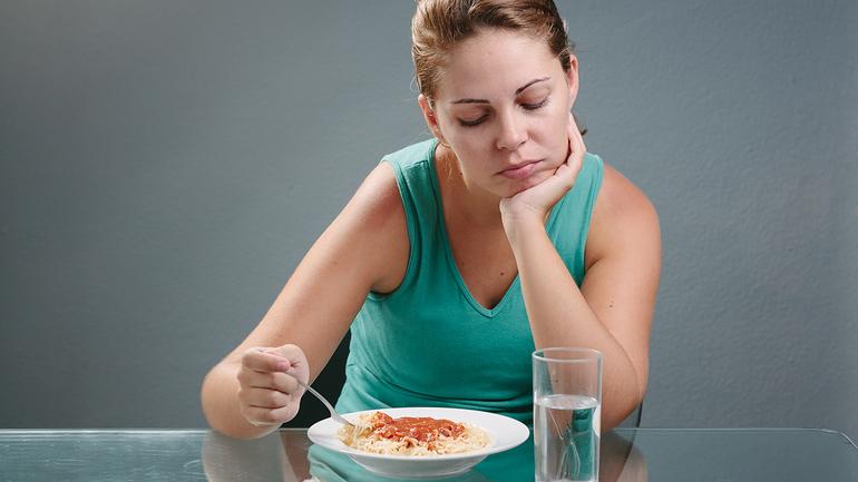 Снижение аппетита,