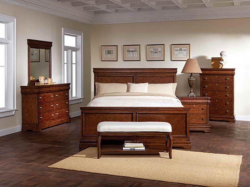 Новая мебель в комнате