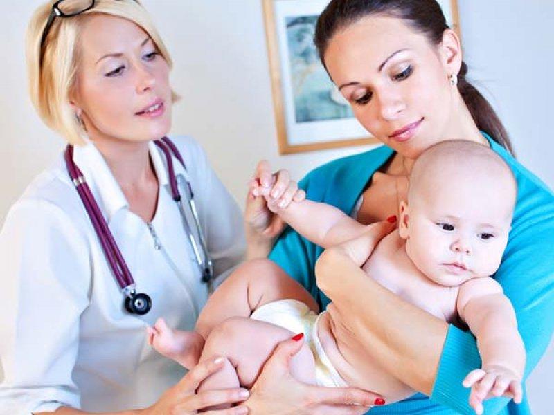 Что делать, у ребенка после прививки АКДС покраснение и уплотнение на ножке