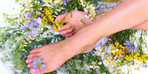 Ноги в цветах