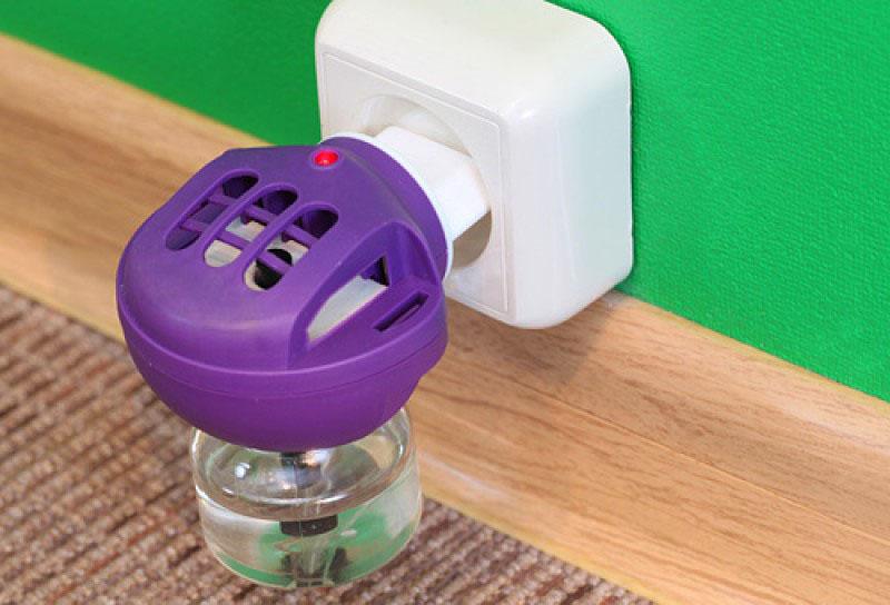 Электрический фумигатор против комаров