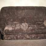 Старый диван - источник неприятного запаха