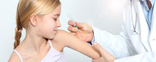 Детям нужно делать прививку от клещевого энцефалита
