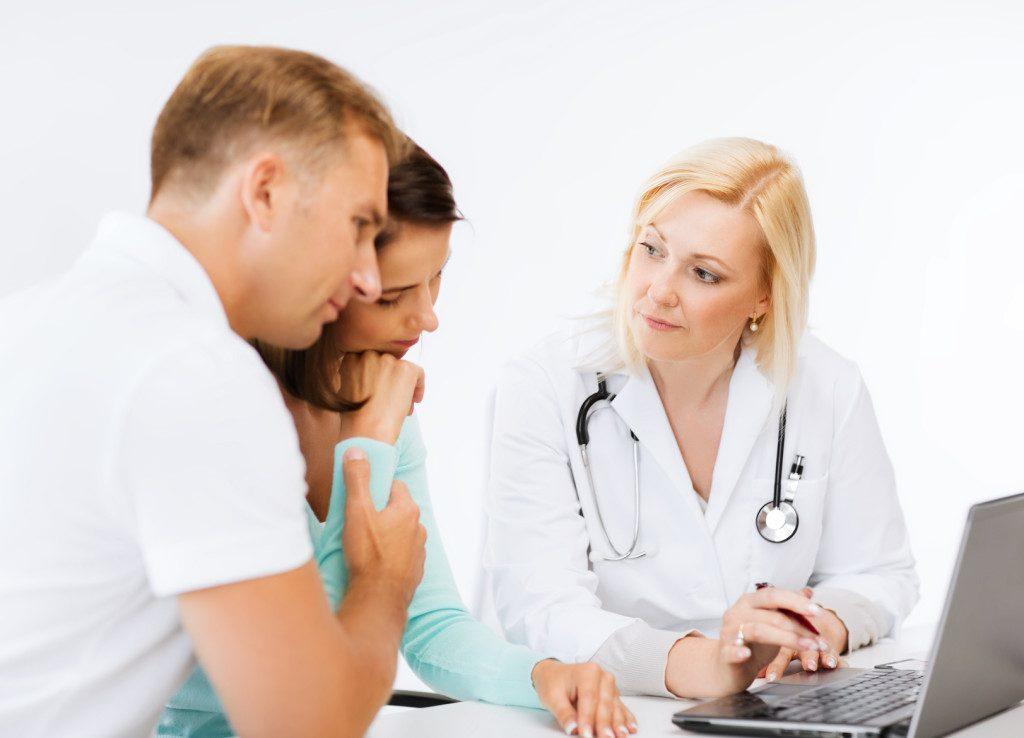 Какие анализы нужно сдать паре на совместимость при планировании беременности?