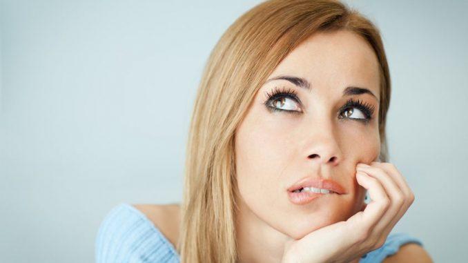 Эстрогены: симптомы недостатка, причины, нормы и лечение