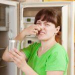 Испорченный продукт в холодильнике